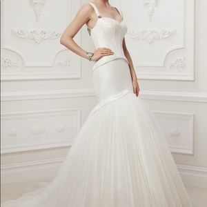 Truly Zac Posen ivory SAMPLE GOWN (please read!)